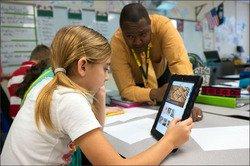 9-blended-learning-district-profile-teacher-student-600.jpg
